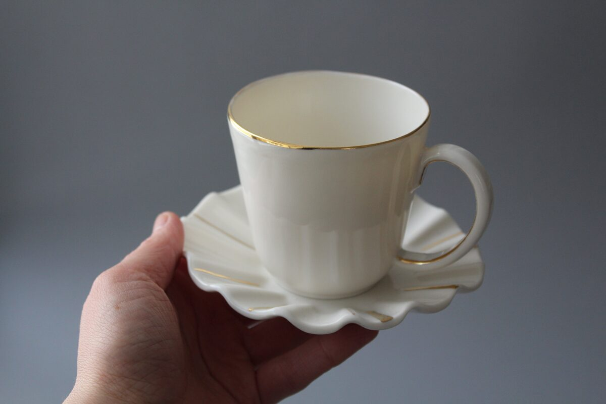 CLASSIC porcelāna tase